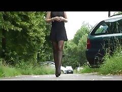 دختر دانلود عکس متحرک سکسی با شکوه مجبور شد پاهای خود را پهن کند و با راننده تاکسی رابطه جنسی برقرار کند